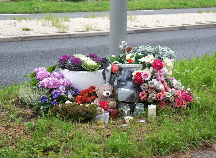 man dies in motorcycle crash